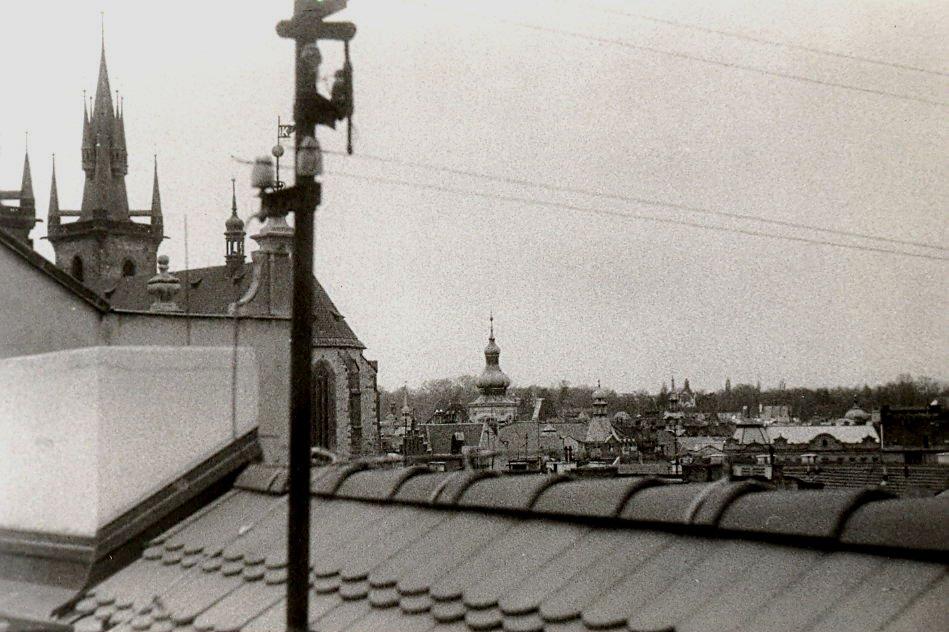 Střecha na Malé straně Praha 1 Mostecká věž Karlův most