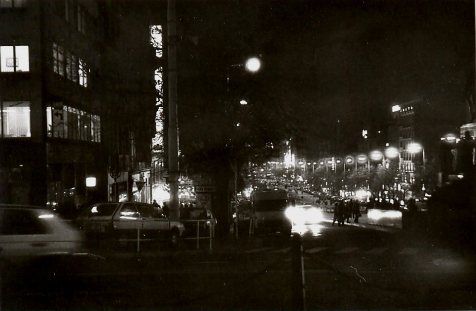 Václavské náměstí v noci - 90. léta